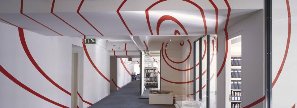 Felice Varini, installation, agence Valode & Pistre architectes, Paris